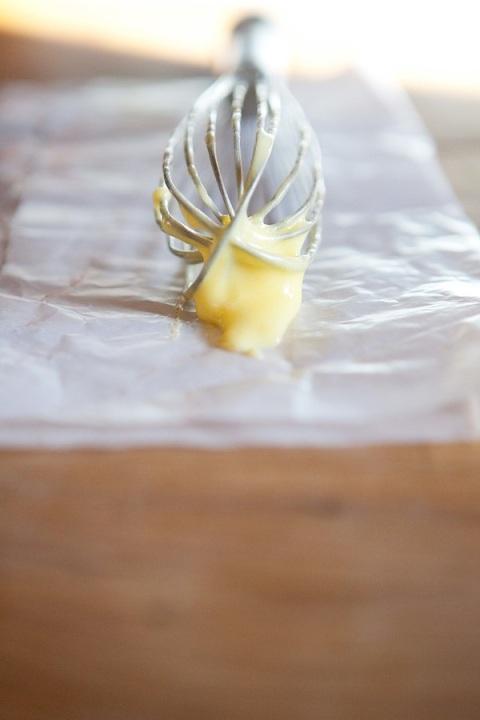 citrus curd whisk