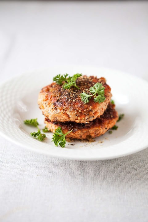 pepper salmon cakes no sauce
