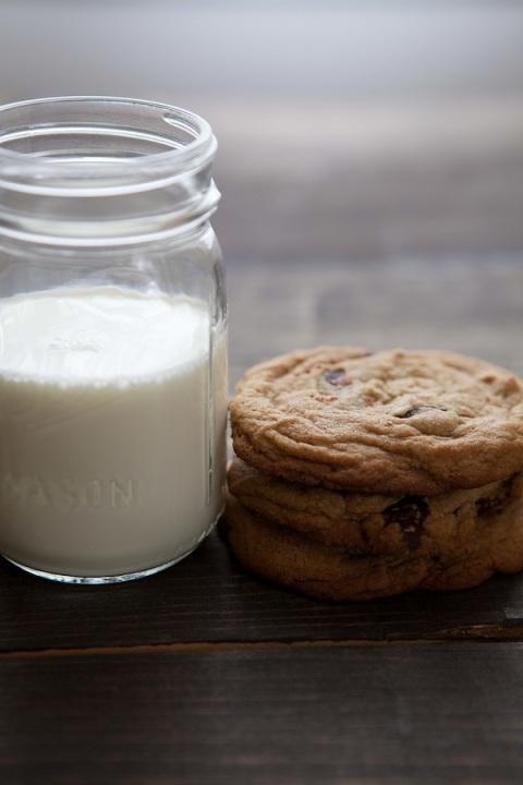 Bouchon_cc_cookies_milk_1